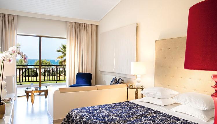 Famous - Junior Bungalow Suite Seafront