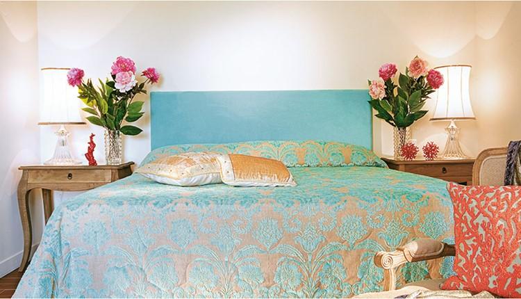 Famous - One Bedroom bungalow Suite Sea View