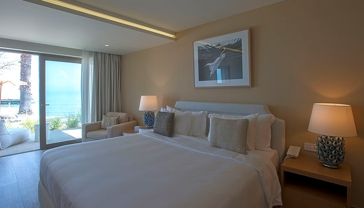 Emerald Suite Beach front Sgl use