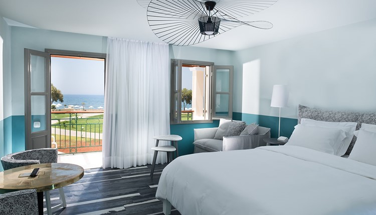 Luxury Sea View Room