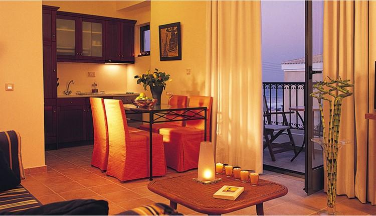 Apartment 1Bedroom Partial Sea View