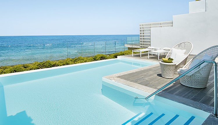 Villa White Seafront Prive Pool Direct Beach Access
