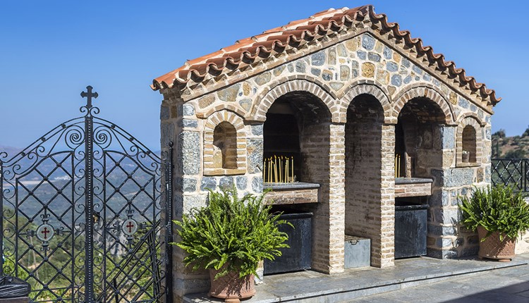 Кносский дворец, плато Лассити  и Пещера Зевса, Крит